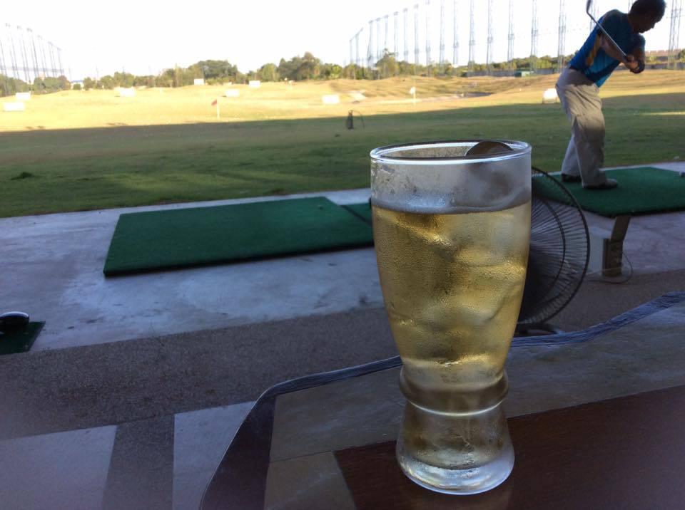 アジア就職 ゴルフ アフター5
