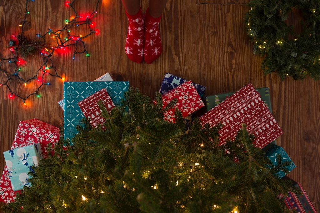 フィリピン留学 クリスマスパーティー プレゼント交換