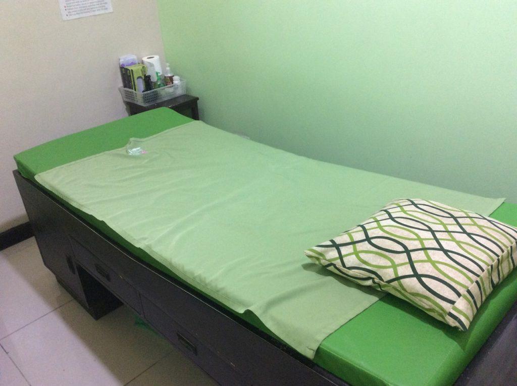 フィリピン留学 ブラジリアンワックス脱毛 施術室